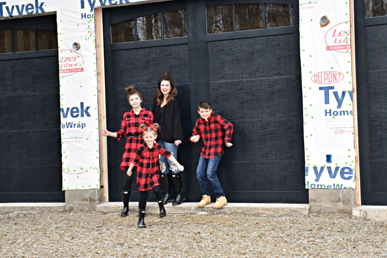 Black Garage Door Reveal Inspiration Inspo Side Entry Three Car Garage Transitional Home Style